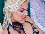 Zdivočelé fetišistické lesbické hry pri bazéne - freevideo