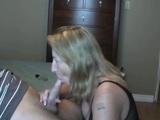 Ženská fajčí bývalému a ide jej to - freevideo