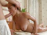 Jemná masáž vyústi v besnú mrdačku - freevideo