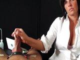 Hravá domina sa pekne vyhrá s bezmocným otrokom - freevideo