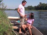 Letná šukačka nemeckého páru pri vode - freevideo