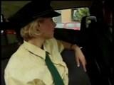Nemeck� pol�cia si vie u�i� pracovn� dobu - freevideo