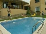 Orgie pri bazéne - freevideo
